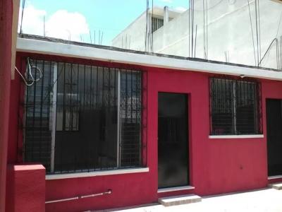 GANGA Casa de un nivel fuera de garita ideal para negocio en San Cristóbal