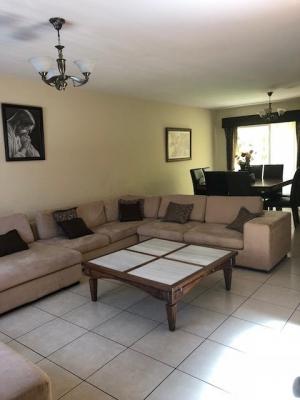 Nítida casa en venta ubicada en San Cristóbal Sector A-10
