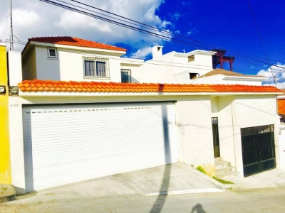 Casa a la Venta en sector A4 Loma Real, Ciudad San Cristobal