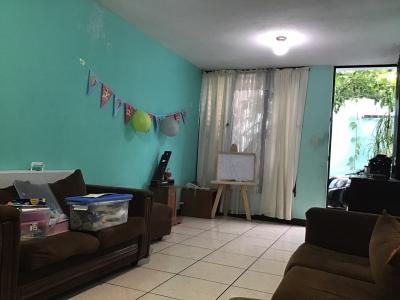 Vendo Casa en Zona 2 de Mixco Nueva Monserrat