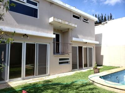 OPEN HOUSE, VENDO CASA CON PISCINA EN SECTOR B-1 SAN CRISTOBAL