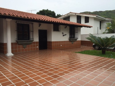 Casa Centro Residencial El Castaño