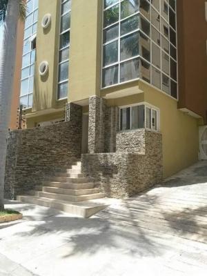 Venta Apartamento en  Urbanizacion San Isidro