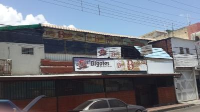 Venta Fondo de Comercio de Restaurant en La Democracia Av. 19 de Abril Maracay