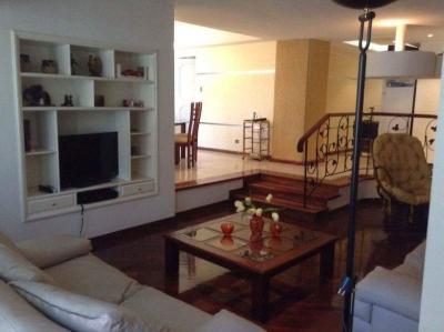 SKY GROUP Vende Apartamento Urb La Soledad Maracay