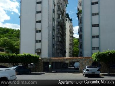 Apartamento en Calicanto, Maracay, 86 m2