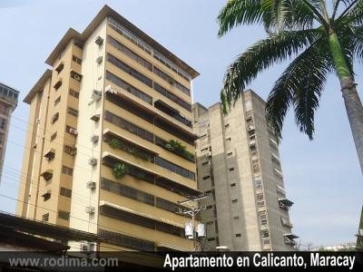 Amplio Apartamento en Calicanto, Maracay, 147m2