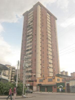 ABITARE vende apartamento Av Ayacucho