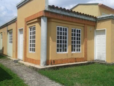 ABITARE / URBANIZACION ARAGUAMA COUNTRY