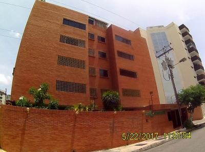 Apartamento en Urb. San Jacinto 90mts2
