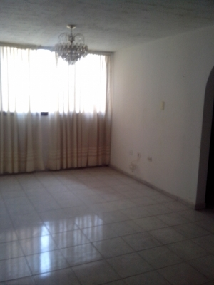 BELLO APARTAMENTO BASE ARAGUA