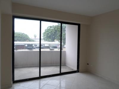 Apartamento a Estrenar en Urb San Jacinto