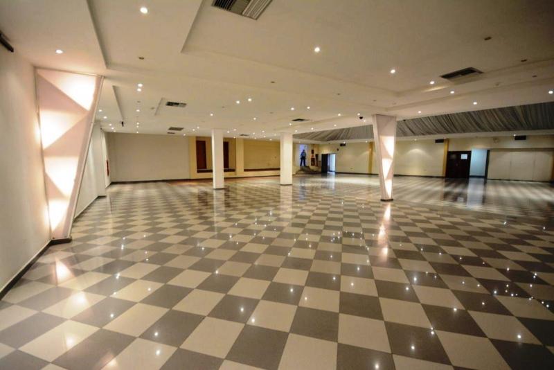 Local Comercial, salones para eventos en venta en Maracay  Cod 19-2392-
