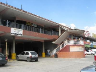 Venta de estratégico local comercial en c.c. Coche Aragua