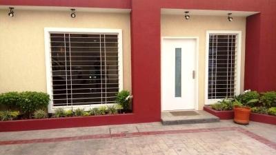 Casas En Venta La Fontana Codflex: 17-6476 Ar