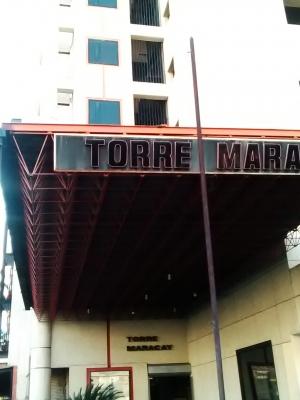 Venta de Consultorio médico, odontológico o para oficina en la Torre Maracay en Av Principal Las Delicias