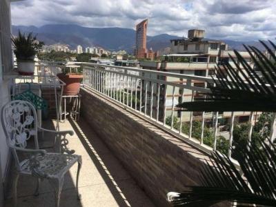 Venta de apartamento de 150mts2 en Maracay