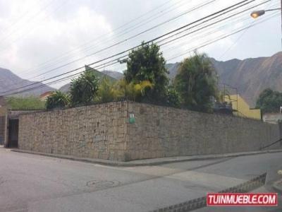Hermosa Casa de Lujo 430 mts2 Calle 1, Barrio Sucre, Girardot (maracay), Aragua. Distribuida de la siguiente manera: