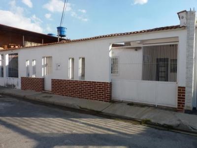 Casa en Villas Antillanas, La Morita Cod 18-1801