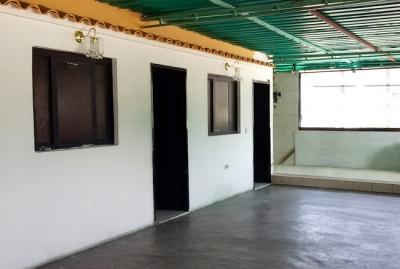 Venta Amplia Casa con Anexo Vía Mata Redonda Maracay - RCS4