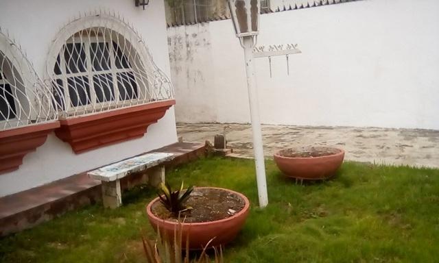 SE VENDE  CASA/QUINTA URB EL CASTAÑO, MARACAY, ARAGUA