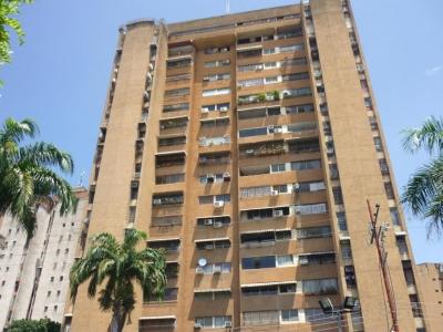 Apartamento en Venta Urb. El Centro Cod. 18-6252