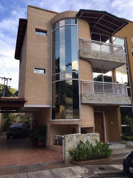 Maracay - Casas o TownHouses