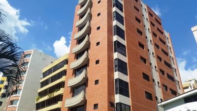 Apartamento en venta en San Isidro Maracay, Cod. 18-10998
