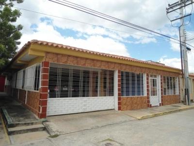 Casa Quinta en Venta Villas Caribe