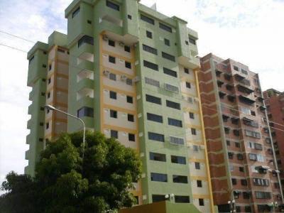 Apartamento en venta en Maracay, Urb Base Aragua Cod. 18-10497