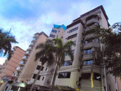 Pent House Duplex en Venta La Soledad Res Mansion Luz
