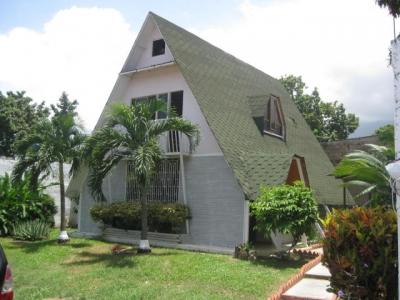 Casa en venta El Limon, Maracay, Venezuela.