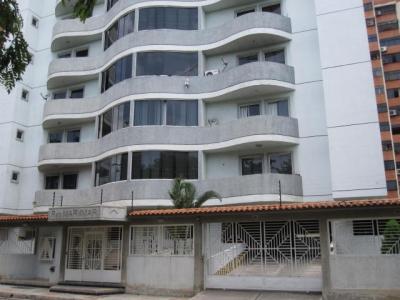 Apartamento en venta Urbanizacion San Jacinto, Maracay, Venezuela.