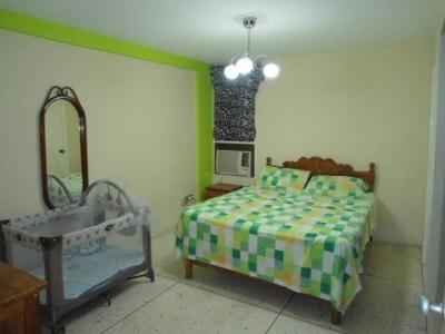 vendo hermoso apartamento en los caobos codigo 18-4214