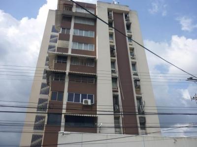 vendo apartamento en el centro codigo 18-6781