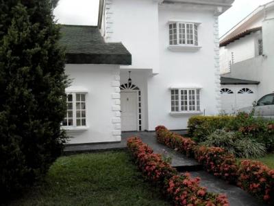 Casa en Venta Urbanizacion El Castaño