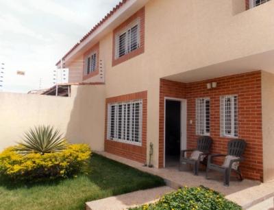 Townhouse en venta en Maracay, Urb. Los Girasoles, Cod. 18-13235