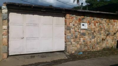 Venta de Casa en la Cooperativa en Maracay, Estado Aragua