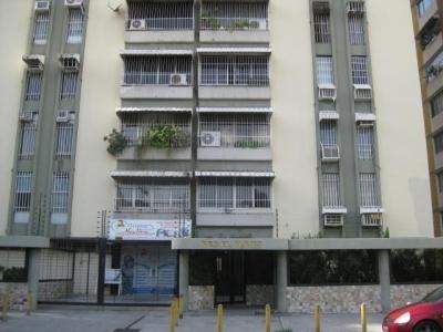 Apartamento en venta Urbanizacion Calicanto, Maracay, Venezuela.