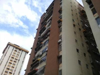 Apartamento en Venta Base Aragua Edf. MITE Maracay rah 18-15162