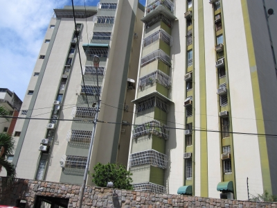 Venta de Oportunidad  Apartamento   80mts2 en San Isidro