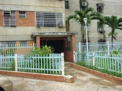 Venta de Oportunidad  Apartamento   84mts2 en Maracay