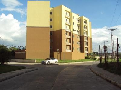 Apartamento en Venta en Maracay, Los Roques  18-15842
