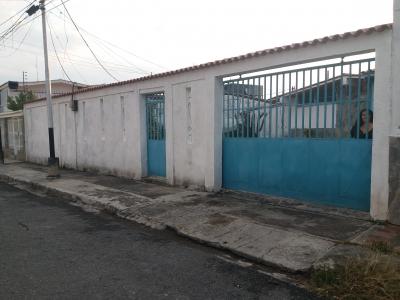 Casa en Venta Andres Bello Maracay