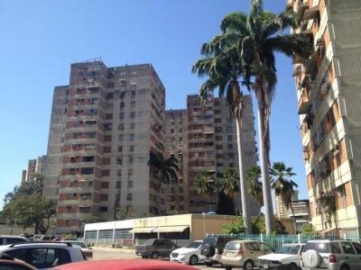 Apartamento En Venta Avenida Ayacucho Codflex 19-2632