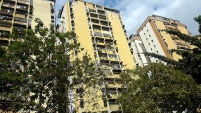 Apartamento en Venta Urb El Centro Maracay