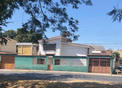 VENTA DE QUINTA EN CALLE SOUBLETTE PROLONGACION DEL BOSQUE MARACAY ESTADO ARAGUA