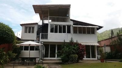 Casa de dos Plantas en El Castaño