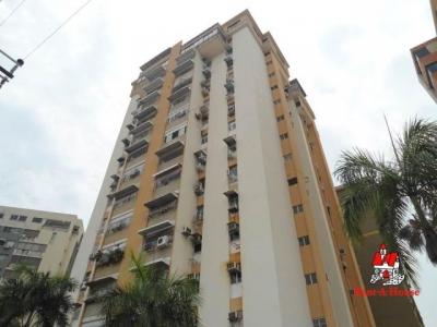Apartamento en Venta Urb Andres Bello La Cibeles