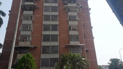 Apartamento en venta, Urbanizacion San Jacinto, Maracay